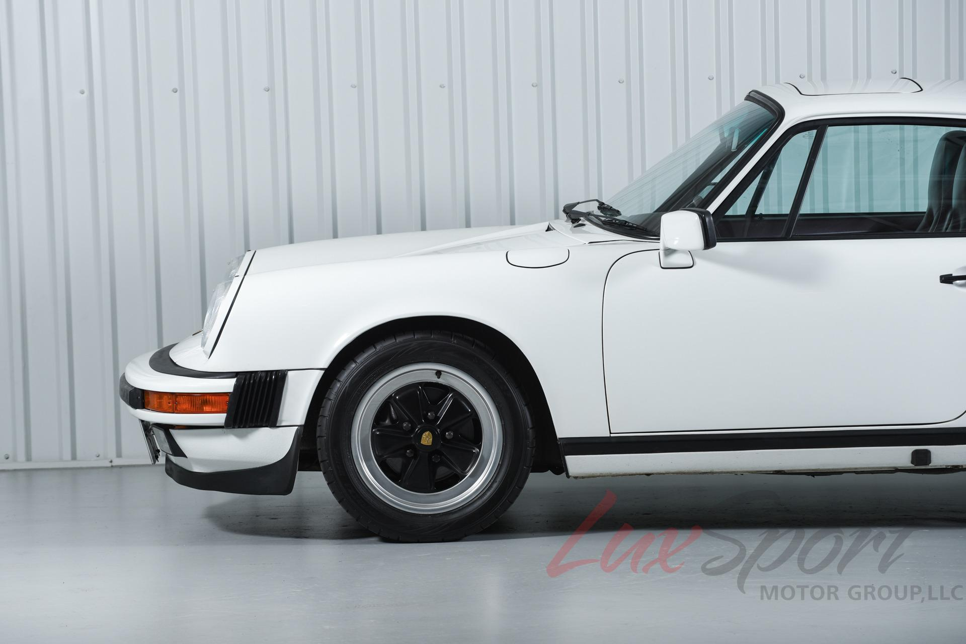 Image 6 of Porsche: 911 Carrera…