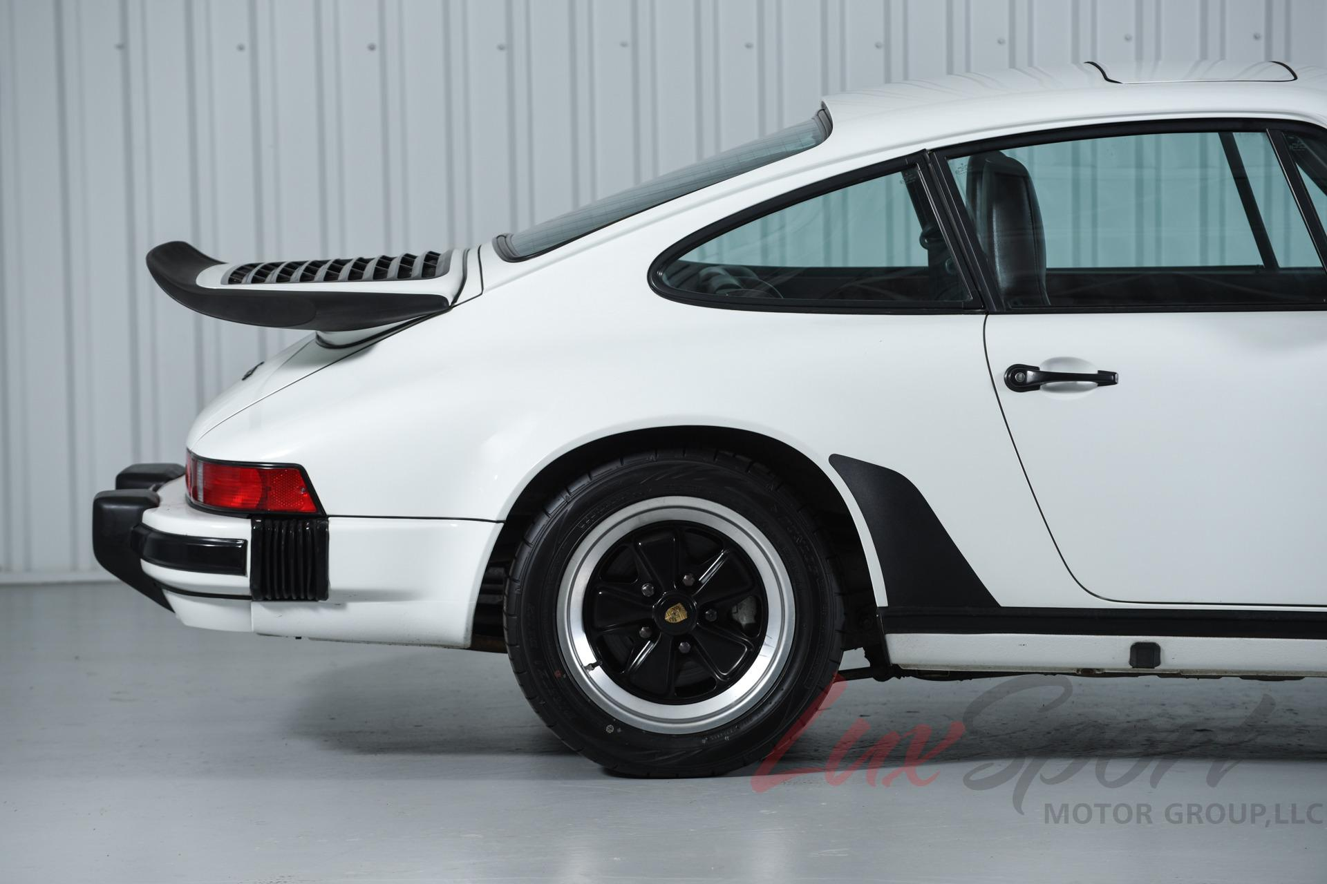 Image 9 of Porsche: 911 Carrera…